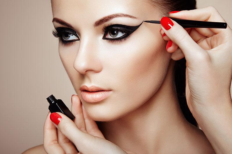 Almaz Salon and Spa Makeup Services