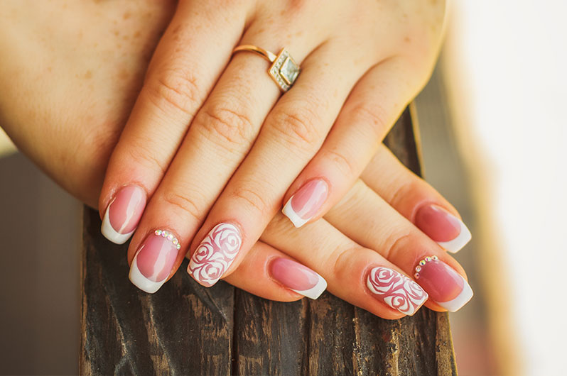 Almaz Salon and Spa Nail Art